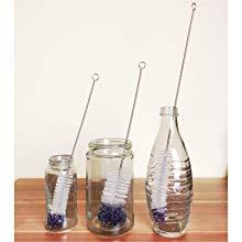 Flaschen reinigen mit Flaschenbürste
